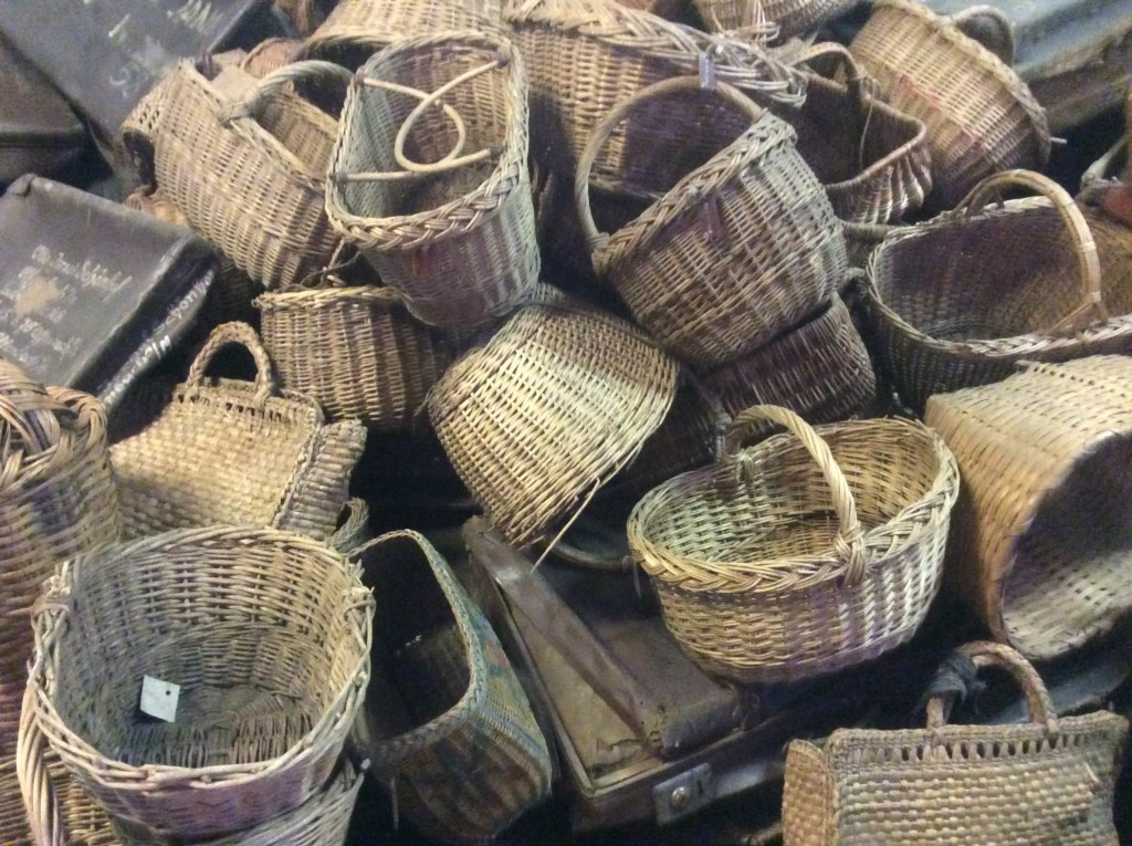 auschwitz baskets