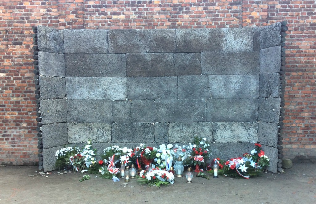 death wall auschwitz