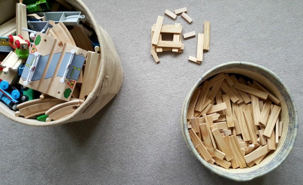toy baskets kapla